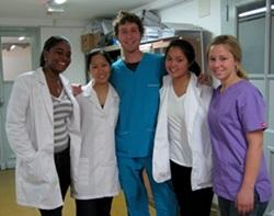 Medical Elective volunteers at a hospital in Argentina
